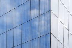 Blå fasad med några reflexioner Royaltyfria Foton