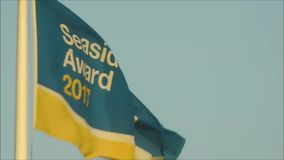 Blå flagga för sjösidautmärkelse arkivfilmer