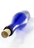blå flaska Arkivbild