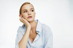 blå flickaskjorta Royaltyfri Bild