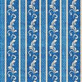 blå görad randig guldprydnad Arkivbilder