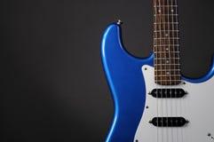blå gitarr Royaltyfri Bild