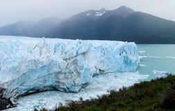 Blå is glaciar Perito Moreno Royaltyfri Bild