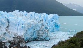 Blå is glaciar Perito Moreno Royaltyfria Foton