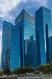 Blå glass skyscaper Arkivbild