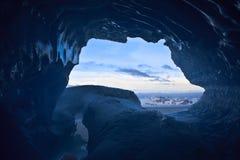 blå grottais royaltyfri bild