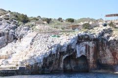 Blå grottatrappa Royaltyfria Bilder