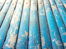 Blå grunge målad wood bakgrund Royaltyfri Fotografi