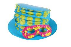 Blå hatt och maskering för karneval Arkivbilder