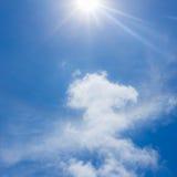 Blå himmel med moln Royaltyfri Bild