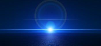 Blå horisont över havet på natten Arkivfoton