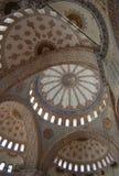 blå inre moské Royaltyfri Foto
