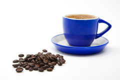 blå isolerad kaffekopp Arkivbild