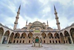 blå istanbul moskékalkon Arkivbilder