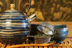 blå japansk teapot Royaltyfri Bild