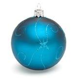 Blå julboll Arkivbild