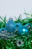 blå julgarneringgreen Fotografering för Bildbyråer