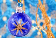 blå julstjärna Arkivbilder