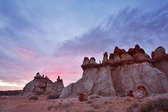 Blå kanjon, avsnitt av Moenkopi Wash i nordostliga Arizona Royaltyfri Fotografi