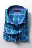 Blå klänningskjorta för män Arkivfoto