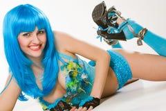 blå klänningwig Arkivfoto