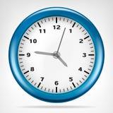 Blå klocka med objekt för rinnande tid Fotografering för Bildbyråer
