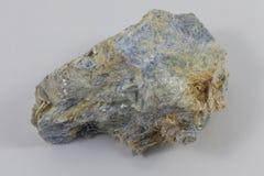 Blå kyanite arkivbild