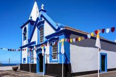 Blå kyrka i azores arkivfoto