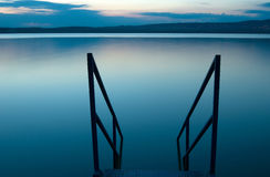 blå lake royaltyfri fotografi