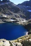 blå lake panticosa pyrenees Arkivfoton