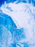 Blå målad bakgrund för marmor idérik abstrakt hand Royaltyfri Fotografi