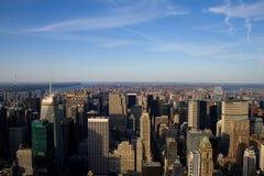 blå manhattan ny sky york Arkivfoto