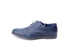 Blå manlig sko Arkivbilder