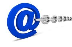 Blå mejl på vit bakgrund Arkivfoton