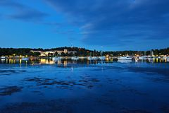 Blå morgon i marina Royaltyfria Bilder