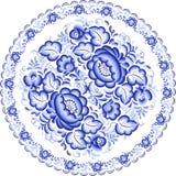 Blå platta med den blom- prydnaden i gzhelstil Royaltyfria Bilder
