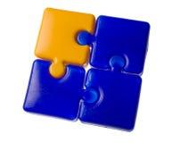 blå pusselfyrkantyellow arkivfoton
