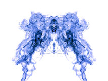 Blå rökmodell på vit Arkivfoto