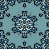 Blå sömlös mandala, flayerdesign i stam- Arkivbilder
