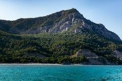 Blå Seascape för lagunberg Royaltyfria Bilder