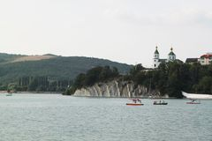 Blå sjö Abrau, Abrau-Durso Arkivfoto