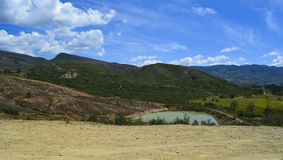 Blå sjö i en öken i Boyaca Colombia Fotografering för Bildbyråer