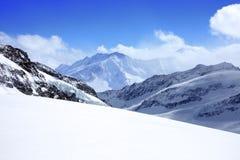 blå sky för alps under Fotografering för Bildbyråer