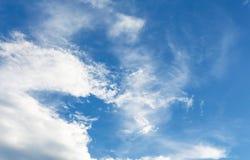 blå sky för bakgrund Royaltyfria Bilder