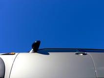 blå sky för bildörr Arkivfoto