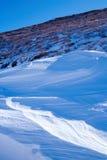 blå snow Arkivfoton