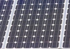 Blå sollar panelnärbild Arkivfoton