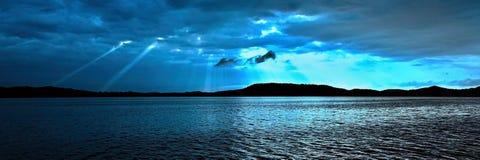 blå soluppgång soluppgång för ship för seascape för fartyggryningsegling Arkivfoto