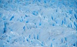 Blå is som är glaciar i Patagonia Arkivbilder