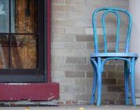 blå stol Royaltyfria Bilder